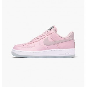 NIKE WMNS AIR FORCE 1 '07 ESSENTIAL PLUM CHALK